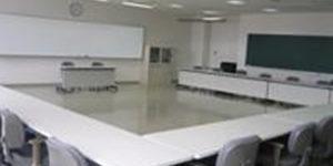 海外産業人材育成協会(AOTS)関西研修センター ・レンタルスペース (大教室)